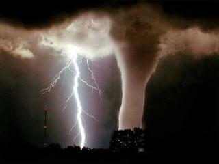 Tornado, uragano, tromba d'aria 03
