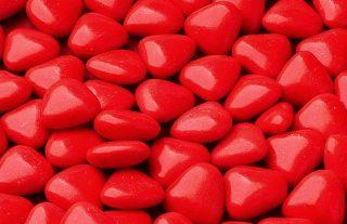 Confetti a forma di cuore al cioccolato