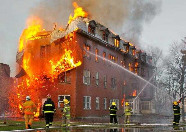 Incendio – Interpretazione dei sogni -
