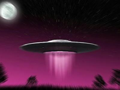 Sognare gli alieni o gli ufo