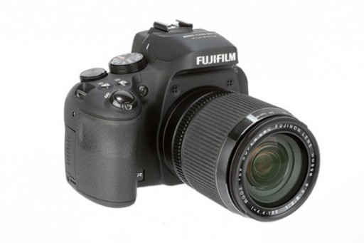 Fujifilm-HS50EXR-3-4