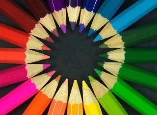 Ruota di matite colorate