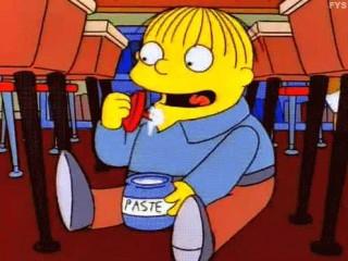 Ralph che mangia la colla