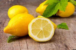 Limoni - interi e a metà
