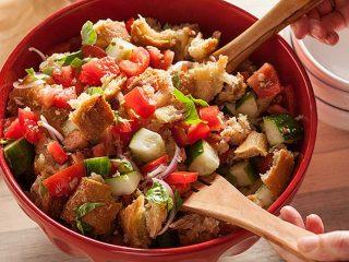 Panzanella con il tonno - Ricette semplici