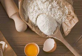 Farina in cucina