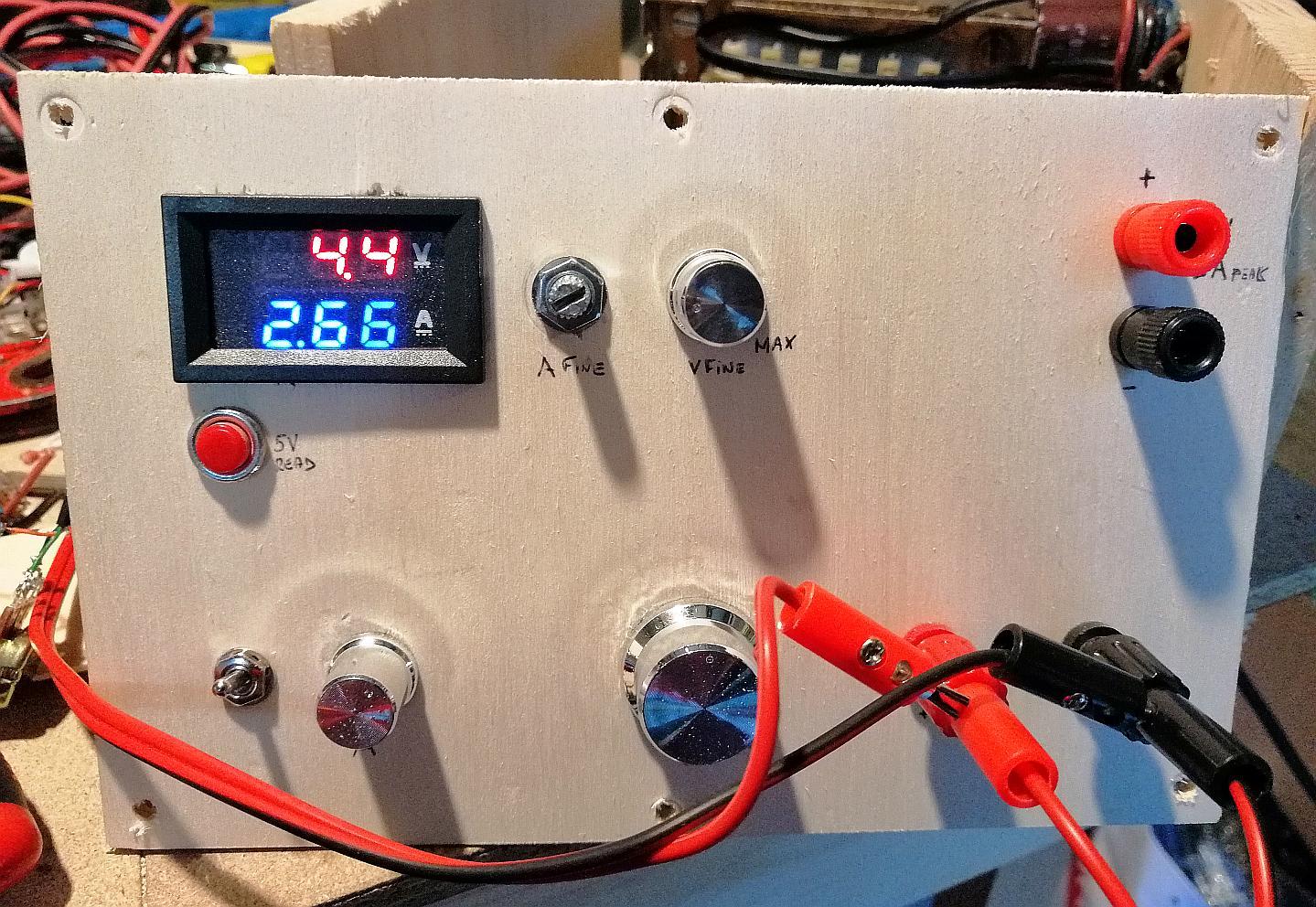 Amperometro Voltmetro per alimentatore variabile da laboratorio