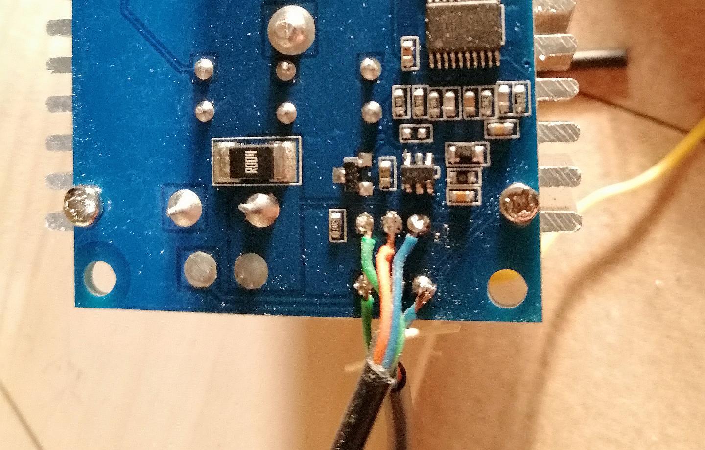 Collegamenti dei cavi al circuito stampato dello step down