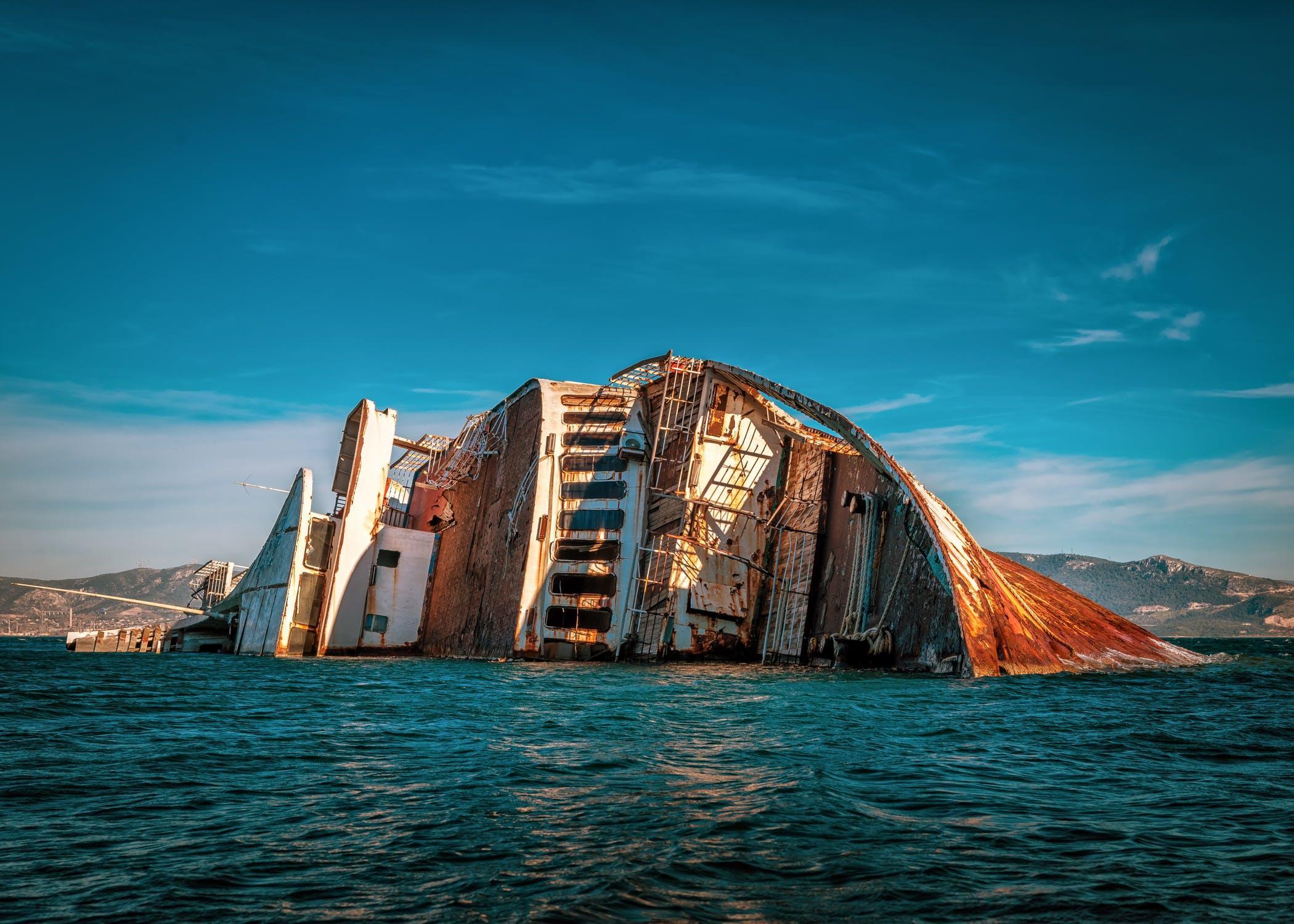 Nave naufragata