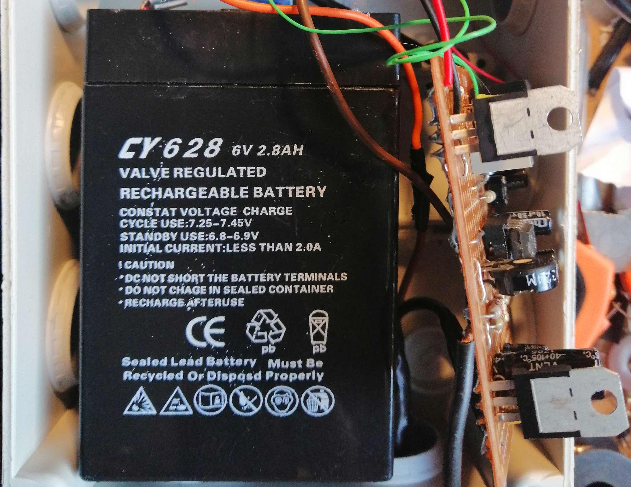 Interruttore Radiocomandato con Sensore di corrente - Batteria ricaricabile 6V 3Ah